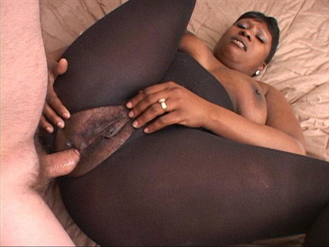 Sexy lesbian bbws getting it on 1fuckdatecom